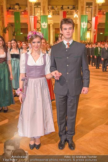Jägerball - Hofbur - Mo 28.01.2019 - Anna MIKL mit Tanzpartner Fabian222