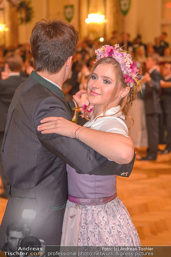 Jägerball - Hofbur - Mo 28.01.2019 - Anna MIKL mit Tanzpartner Fabian225