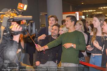 Kinopremiere ´Club der roten Bänder - wie alles begann´ - Cineplexx Donauplex - Mi 06.02.2019 - Tim Oliver SCHULTZ, Damien HARDUNG, Felix BINDER4