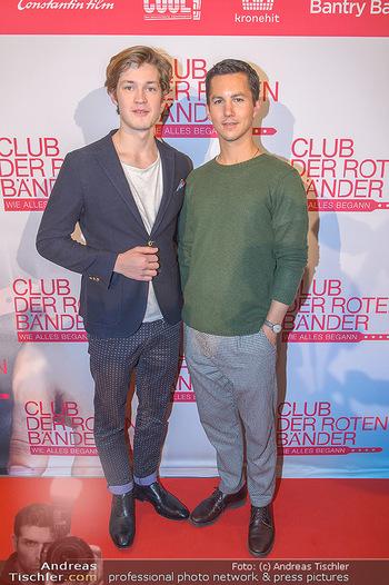 Kinopremiere ´Club der roten Bänder - wie alles begann´ - Cineplexx Donauplex - Mi 06.02.2019 - Tim Oliver SCHULTZ, Damien HARDUNG7