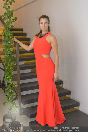 Kleidanprobe Kristina Worseg - Atelier Silvia Schneider - Sa 09.02.2019 - Kristina WORSEG12