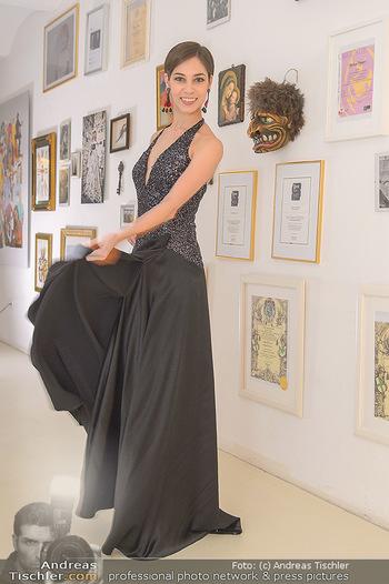 Kleidanprobe Maria Yakovleva - Atelier Silvia Schneider - Mo 11.02.2019 - Maria YAKOVLEVA9