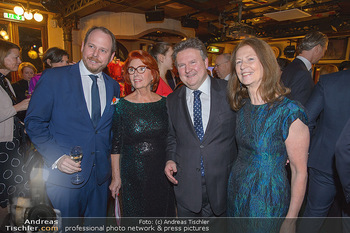 Seitenblicke Night Tour Gala - Interspot Studios - Mo 11.02.2019 - Michael LUDWIG mit Ehefrau Irmtraud, Niki und Inge KLINGOHR10