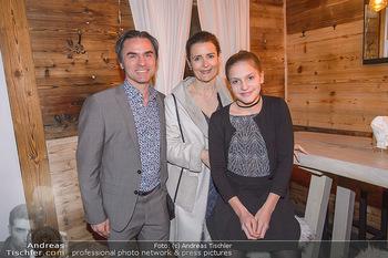 Winter Closing - Moet & Chandon Chalet - Di 12.02.2019 - Familie Natanya und Joachim TINNEFELD mit Tochter Allegra11