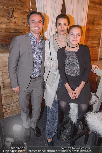 Winter Closing - Moet & Chandon Chalet - Di 12.02.2019 - Familie Natanya und Joachim TINNEFELD mit Tochter Allegra12