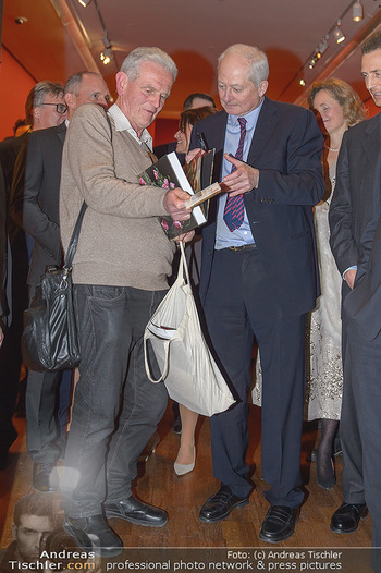 Rubens bis Makart Ausstellungseröffnung - Albertina, Wien - Fr 15.02.2019 - Fürst Hans ADAM II gibt Autogramme46