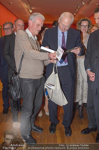 Rubens bis Makart Ausstellungseröffnung - Albertina, Wien - Fr 15.02.2019 - Fürst Hans ADAM II gibt Autogramme47