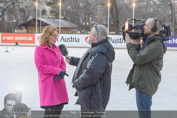 SuperFit Charity Eisstockschießen - Rathausplatz - Mo 18.02.2019 - 4
