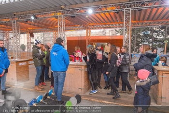 SuperFit Charity Eisstockschießen - Rathausplatz - Mo 18.02.2019 - 31