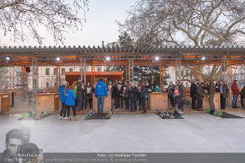SuperFit Charity Eisstockschießen - Rathausplatz - Mo 18.02.2019 - 32