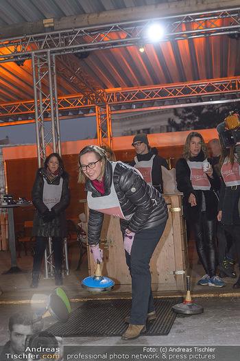 SuperFit Charity Eisstockschießen - Rathausplatz - Mo 18.02.2019 - 41