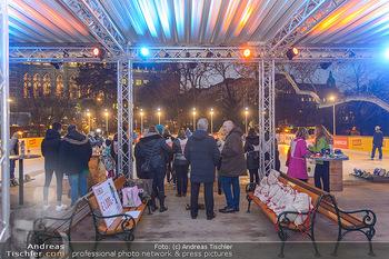 SuperFit Charity Eisstockschießen - Rathausplatz - Mo 18.02.2019 - 49