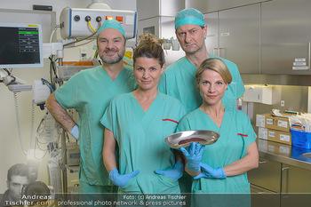 Fotoshooting zu ´Die Niere´ - Krankenhaus - Mo 18.02.2019 - Kristina SPRENGER, Doris HINDINGER, Alexander JAGSCH, Martin LEU1