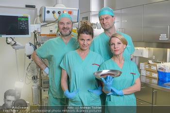 Fotoshooting zu ´Die Niere´ - Krankenhaus - Mo 18.02.2019 - Kristina SPRENGER, Doris HINDINGER, Alexander JAGSCH, Martin LEU2