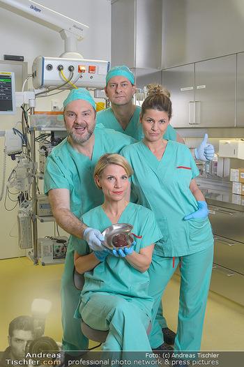 Fotoshooting zu ´Die Niere´ - Krankenhaus - Mo 18.02.2019 - Kristina SPRENGER, Doris HINDINGER, Alexander JAGSCH, Martin LEU4