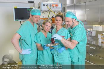 Fotoshooting zu ´Die Niere´ - Krankenhaus - Mo 18.02.2019 - Kristina SPRENGER, Doris HINDINGER, Alexander JAGSCH, Martin LEU10