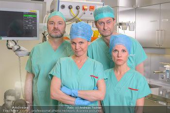 Fotoshooting zu ´Die Niere´ - Krankenhaus - Mo 18.02.2019 - Kristina SPRENGER, Doris HINDINGER, Alexander JAGSCH, Martin LEU43