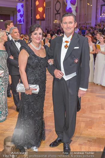 Kaffeesiederball - Hofburg Wien - Fr 22.02.2019 - Peter HANKE mit Ehefrau92
