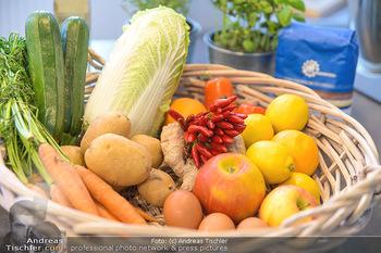 Fotoshooting Silvia Schneider - Div. Locations Österreich - Mo 25.02.2019 - Obst, Gemüse, Zutaten für gesundes Essen, Zitronen, Karotten, 23