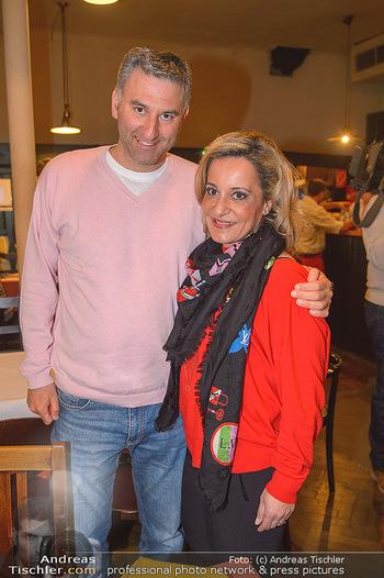 Premiere ´Voll am Start´ - Kulisse Wien - Di 26.02.2019 - Atousa MASTAN mit Freund Alexander VOJCSIK6
