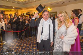 Fototermin Elle MacPherson - Grand Hotel - Do 28.02.2019 - Richard LUGNER, Moni KULIG51