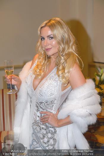 Fototermin Elle MacPherson - Grand Hotel - Do 28.02.2019 - Moni KULIG (Portrait)55