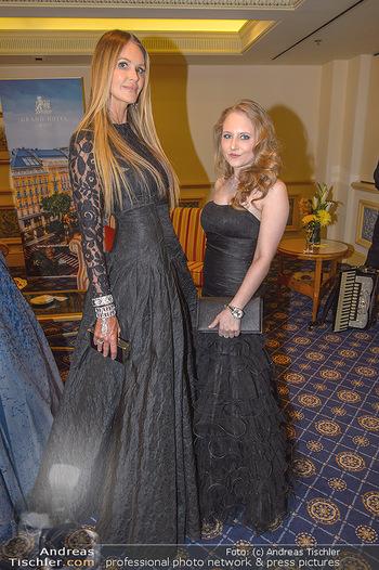 Fototermin Elle MacPherson - Grand Hotel - Do 28.02.2019 - Elle MACPHERSON, Jacqueline LUGNER61