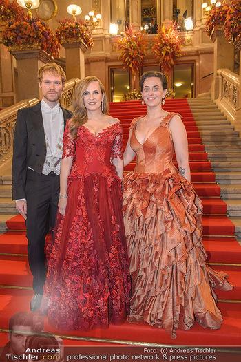 Opernball 2019 - Feststiege - Wiener Staatsoper - Do 28.02.2019 - Lena HOSCHEK, Thomas KIRCHGRABNER, Maria GROßBAUER17