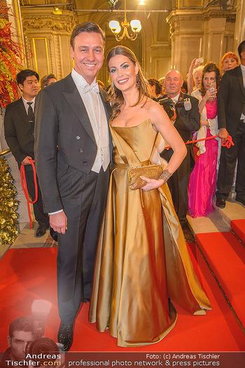 Opernball 2019 - Feststiege - Wiener Staatsoper - Do 28.02.2019 - Carmen STAMBOLI, Rene Otto KNORR118