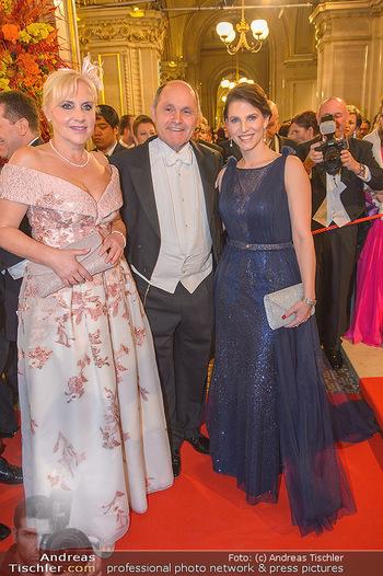Opernball 2019 - Feststiege - Wiener Staatsoper - Do 28.02.2019 - Wolfgang SOBOTKA, Karoline EDTSTADLER176