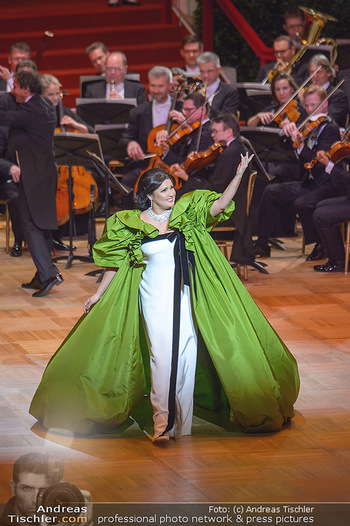 Opernball 2019 - Das Fest - Wiener Staatsoper - Do 28.02.2019 - Anna NETREBKO43