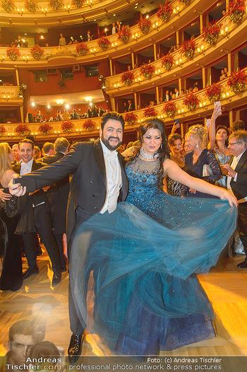 Opernball 2019 - Das Fest - Wiener Staatsoper - Do 28.02.2019 - Anna NETREBKO, Yusif EYVAZOV auf der Tanzfläche101