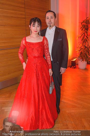 Juristenball - Hofburg Wien - So 03.03.2019 - Alexander Taiyo SCHEUWIMMER mit Ehefrau Jiayin WANG28