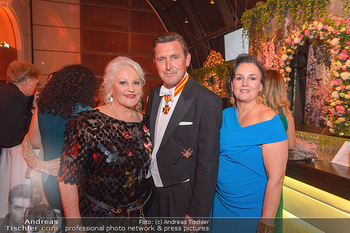 Juristenball - Hofburg Wien - So 03.03.2019 - Marika LICHTER, Peter HANKE mit Ehefrau38