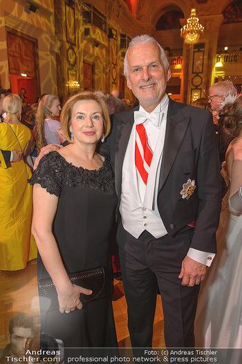 Juristenball - Hofburg Wien - So 03.03.2019 - Josef MOSER mit Ehefrau Daniela65