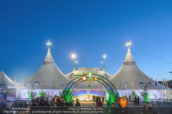 Cirque du Soleil - Zirkuszelt Neu Marx, Wien - Di 12.03.2019 - Cirque du Soleil Zirkuszelt im Abendhimmel2