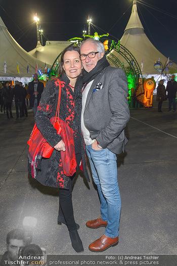 Cirque du Soleil - Zirkuszelt Neu Marx, Wien - Di 12.03.2019 - Michael SCHOTTENBERG mit Claire15