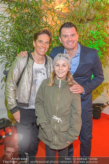 Cirque du Soleil - Zirkuszelt Neu Marx, Wien - Di 12.03.2019 - Michaela DORFMEISTER mit Tochter Lea und Freund Thomas LERCH40