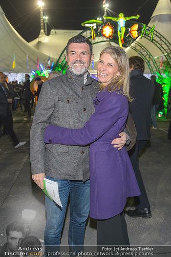 Cirque du Soleil - Zirkuszelt Neu Marx, Wien - Di 12.03.2019 - Hubert Hupo NEUPER mit Ehefrau Claudia51