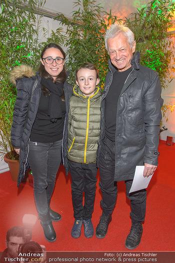 Cirque du Soleil - Zirkuszelt Neu Marx, Wien - Di 12.03.2019 - Boris BUKOWSKI mit Theresa und Leonard66