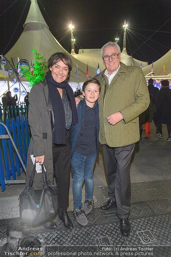 Cirque du Soleil - Zirkuszelt Neu Marx, Wien - Di 12.03.2019 - Eva PÖLZL, Pius STROBL mit Sohn Julius74