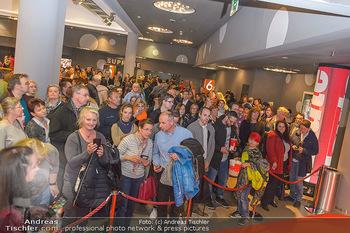 Kinopremiere ´Die Goldfische´ - Cineplexx Donauplex Wien - Do 14.03.2019 - Menschenmassen, Ansturm aufs Kino91
