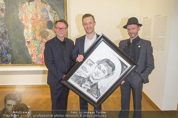 Ausstellungseröffnung Wien um 1900 - Leopold Museum - Fr 15.03.2019 - Thomas KALME übergibt Selbstportrait an Minister Gernot BLÜMEL31