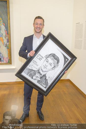 Ausstellungseröffnung Wien um 1900 - Leopold Museum - Fr 15.03.2019 - Gernot BLÜMEL mit seinem Selbstportrait34