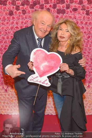 Lancome - Tag des Glücks - Palais Coburg - Mi 20.03.2019 - Friedrich und Jeanine SCHILLER (feiern am 21.6.2019 den 40. Hoch18