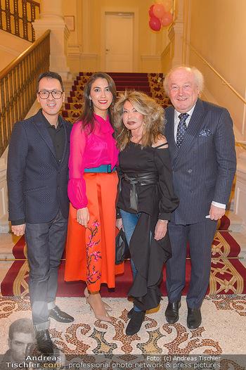 Lancome - Tag des Glücks - Palais Coburg - Mi 20.03.2019 - Thang DE HOO, Friedrich und Jeanine SCHILLER mit Schwiegertochte29