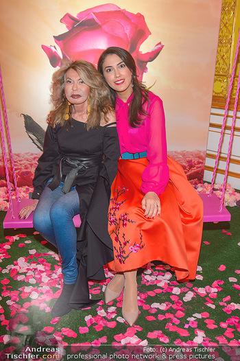 Lancome - Tag des Glücks - Palais Coburg - Mi 20.03.2019 - Jeanine SCHILLER mit Schwiegertochter Victoria KOCH51