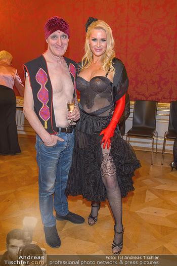 Dancer against Cancer - Hofburg Wien - Sa 06.04.2019 - Gary HOWARD, Kathi STEININGER100