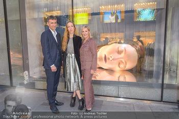 Swarovski Kunstinstallation - Swarovski Store Wien - Mo 08.04.2019 - Stefan ISSER, Iris VAN HERPEN, Carla RUMLER1