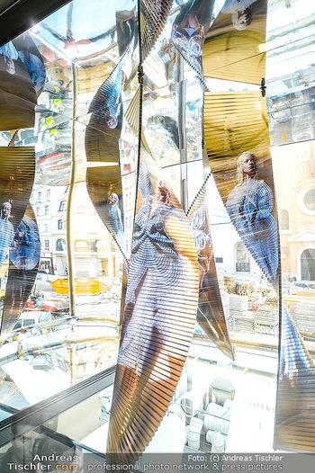 Swarovski Kunstinstallation - Swarovski Store Wien - Mo 08.04.2019 - Kunstwerk6